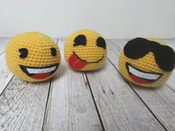 Buchvorstellung Diy Emoji Häkeln Emojidiy Buecherkaffeede