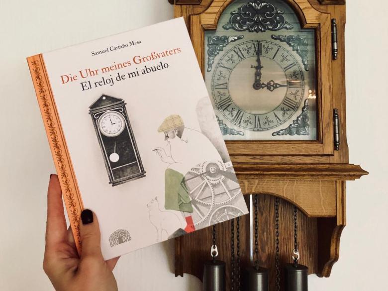 Baobab Books - Samuel Castaño Mesa | Die Uhr meines Großvaters / El reloj de mi abuelo - buecherkaffee.de