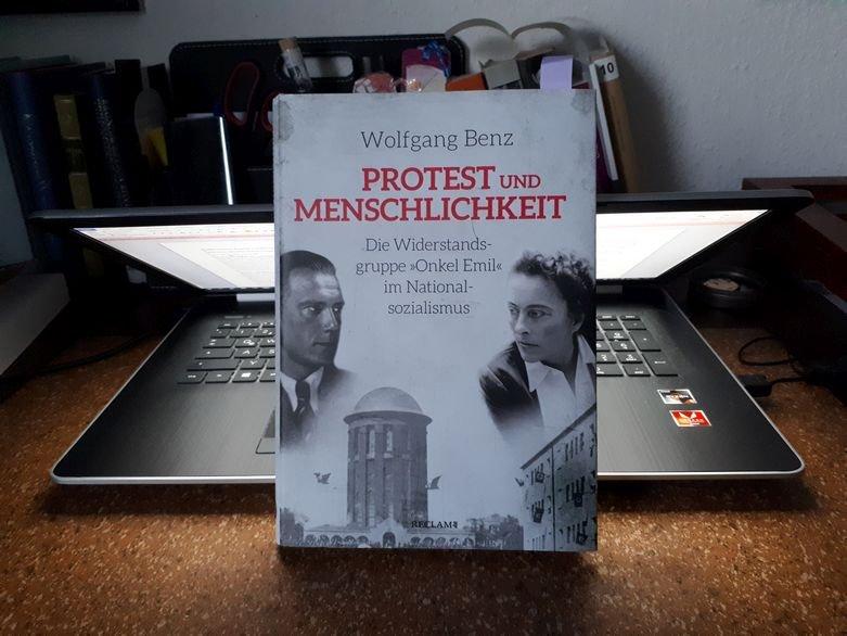 Wolfgang Benz: Protest und Menschlichkeit - Beitrag buecherkaffee.de