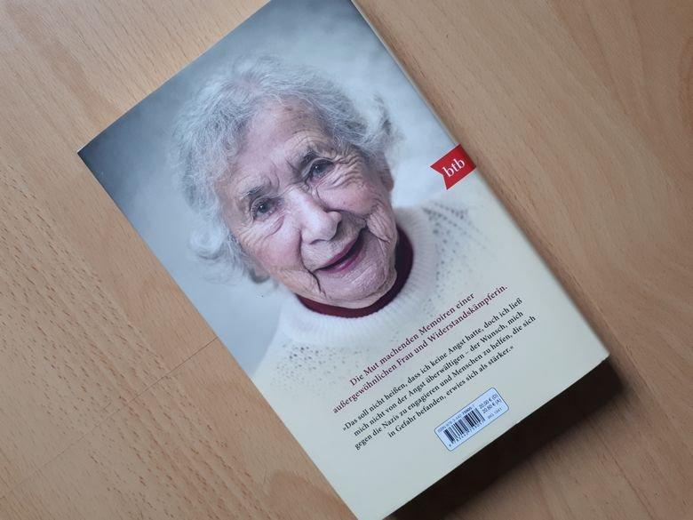 Selma van de Perre - Mein Name ist Selma - Rezension buecherkaffee.de